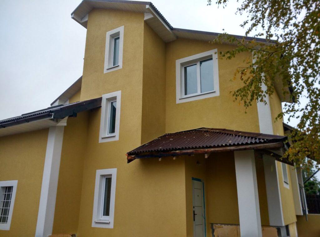 Устройство фасада частный двухэтажный дом Волхов — фото