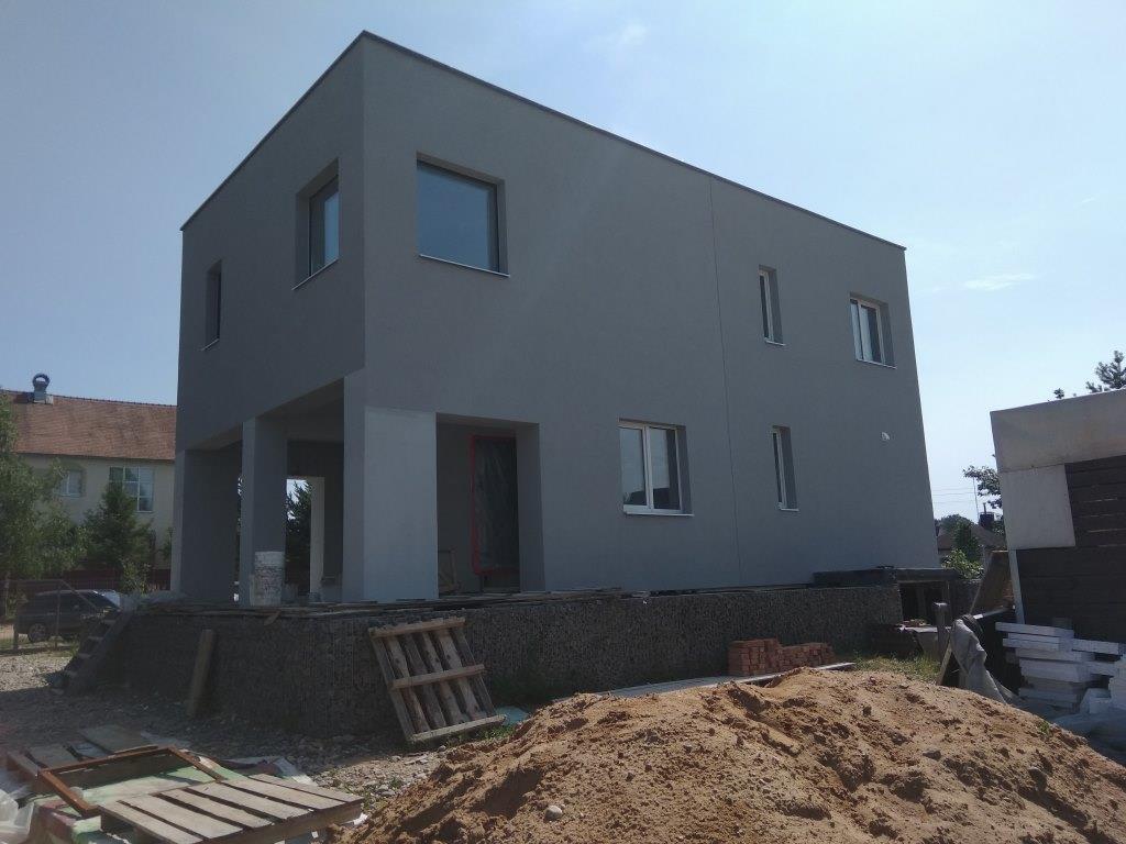 Фасад частного двухэтажного дома Бокситогорский р-н (серый)